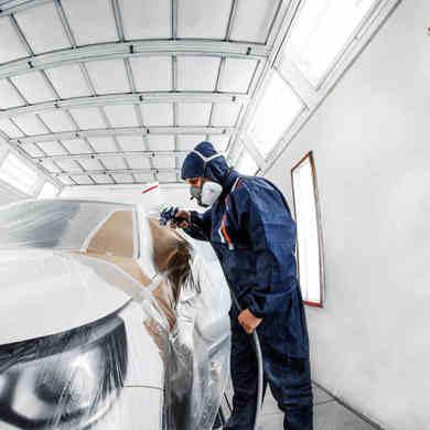 Comment peindre une carrosserie de voiture ?