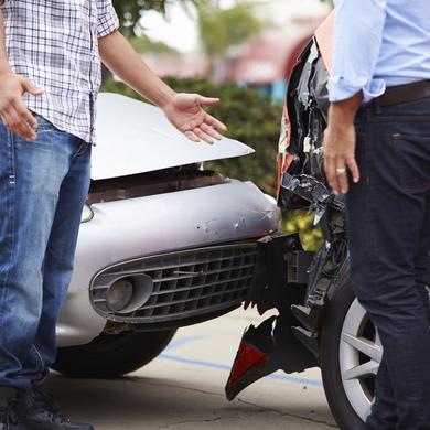 Accident voiture et assurance automobile Bordeaux